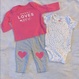 """Carters 3 Piece Set Size 3 Months """"Daddy Loves Me"""""""